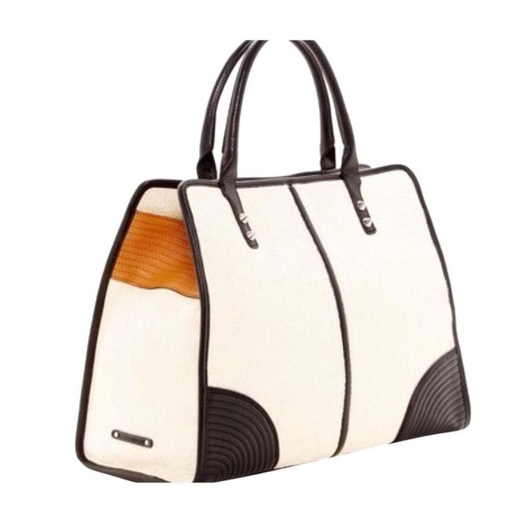 Rebecca Minkoff Sienna Cream Tote Bag. Get one of the hottest styles of the season! The Rebecca Minkoff Sienna Cream Tote Bag is a top 10 member favorite on Tradesy. Save on yours before they're sold out!