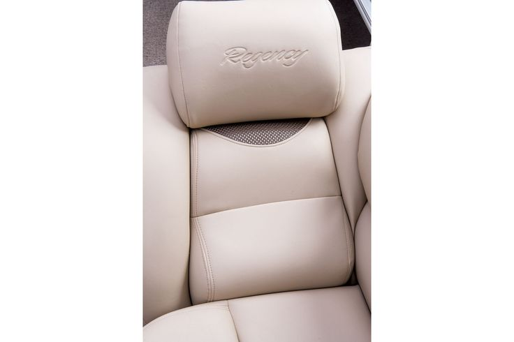Upgraded upholstery for even more luxurious style & comfort - High-density SUN TRACKER® upholstery foam for all-day comfort http://www.exclusiveautomarine.com/product/party-barge-254-xp3