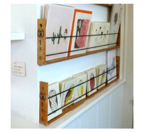 Septembre est la bonne période pour réorganiser les chambres de nos Pioux. Voici quelques ptites idées de rangements glané au fil du temps s...