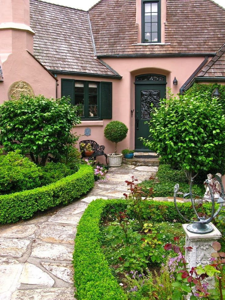 33 best images about curb appeal and front yard gardens for Landscaping rocks daytona beach