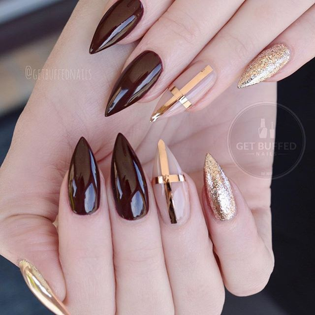 Ongles En Gel Stiletto, Ongles Rose, Gel À Ongles, Rose Gold Nails Polish, Gold Nails Acrylic, Australia Gel, Gfa Australia, Gold Striping, Striping Tape