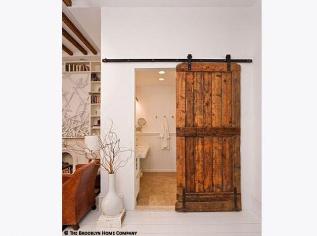 Grange renovee porte salle de bains