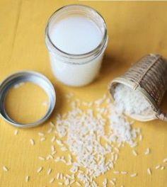 Siete soliti buttar via l'acqua di riso dopo la sua cottura? Male, molto male! È uno degli ingredienti di bellezza migliori che potete trovare in casa, non cosa niente ed è un modo per prendersi cura