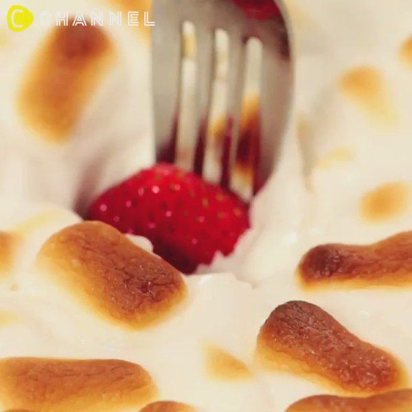 """""""とろ〜りスイーツ♡チョコマシュマロフォンデュ♡ ★アプリ「シーチャンネル」で全動画をチェック #cchannel #スイーツテロ #sweets #マシュマロ #フォンデュ #お菓子作り好きな人と繋がりたい #sweetsrecipe #sweettooth #朝ごはん #お菓子 https://t.co/Va1o1N0vRs"""""""