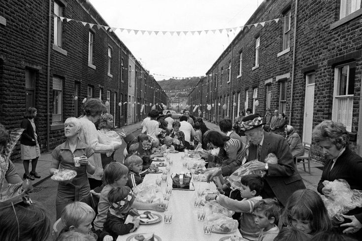 Martin Parr. England. West Yorkshire. Calderdale. Todmorden. Silver Jubilee street party. 1977.
