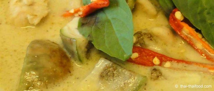 Ein Grünes Thai Curry kann man einfach und schnell zubereiten. Das ist ein orig…