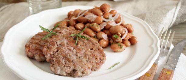 """Bistecche di """"Tastasale"""" con fagioli borlotti   Ricette della Nonna"""