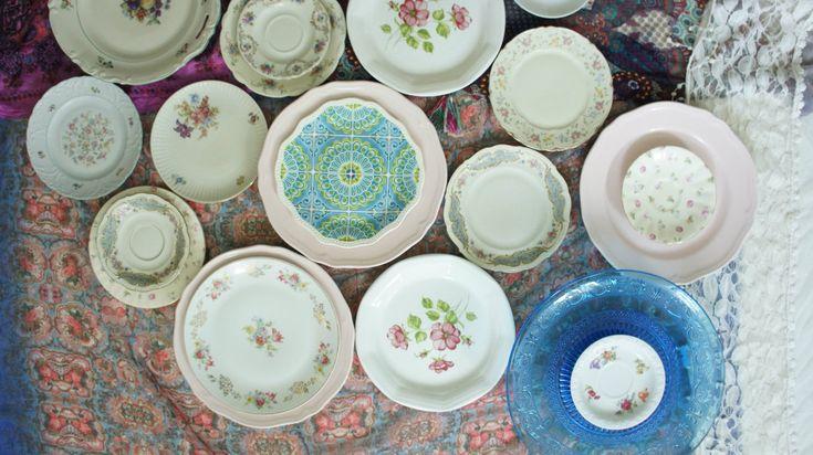 mismatched porcelain & vintage china