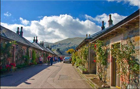 Visit Luss on Loch Lomond | Find bed and breakfast and Hotels in Luss | Stay in Luss