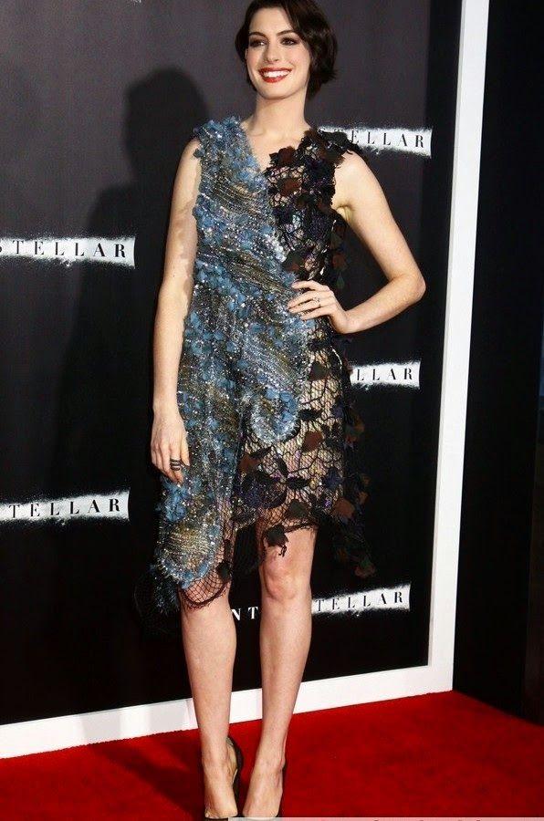 Anne Hathaway estuvo presente en el estreno Neoyorquino de 'interestellar' celebrado en el AMC Lincoln Square Theater de la ciudad de N...