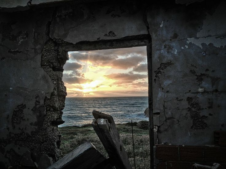 Sunset window by Fearface  on 500px