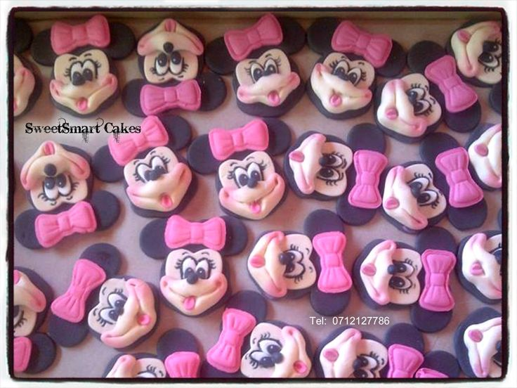 Fondant Minnie Mouse cupcake toppers For info & orders email sweetartbfn@gmail.com
