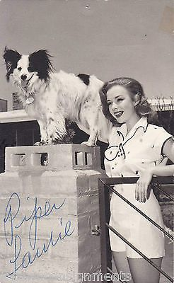 PIPER LAURIE TWIN PEAKS ACTRESS AUTOGRAPH SIGNED STUDIO PHOTO POSTCARD