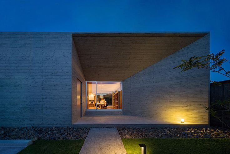 Profiles of Selected Architects | japan-architects.com