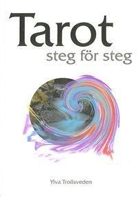 Författaren arbetar på heltid med Tarotkort samt spådomar i alla dess former. Den här boken är en lättillgänglig introduktion till Tarot och kan användas till alla lekar. Boken är uppbyggd för att läsaren steg för steg skall kunna lära sig konsten att rätt tyda de olika korten och hitta svaren på de frågor som ställs. Boken tar upp grundprinciperna för Tarot och berör också tillämpningar till Numerologi och Astrologi.