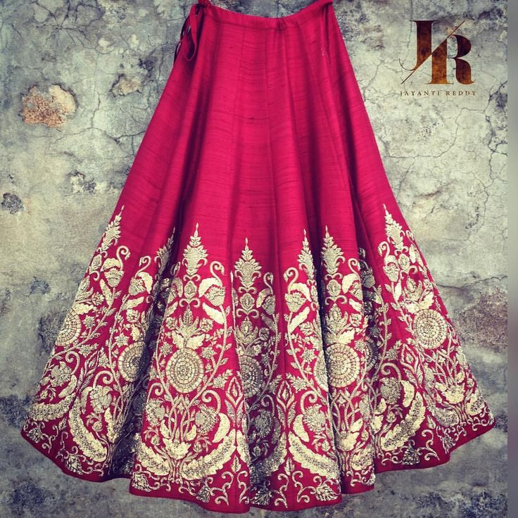 Couture coming alive at Jayanti Reddy studio this evening with this breath taking red lehenga!Contact for more details!  jayanti reddy  jayanti reddy label . 11 April 2017