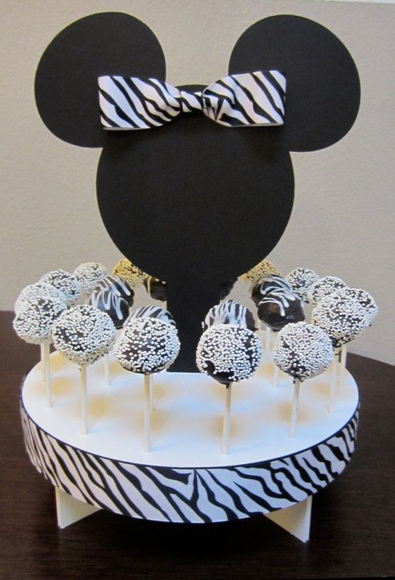 Minnie Mouse cake pop holder