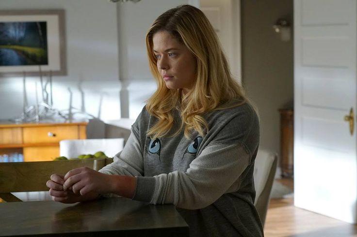 'Pretty Little Liars' Season 7 Spoilers: Major Developments for Alison, Emily - http://www.hofmag.com/pretty-little-liars-season-7-spoilers-major-developments-for-alison-emily/172994