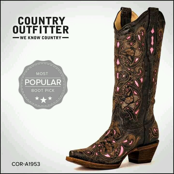 I gotta get me some boots!! Lol