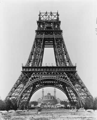 29 best images about eiffel tower on pinterest construction construction worker and tour eiffel. Black Bedroom Furniture Sets. Home Design Ideas