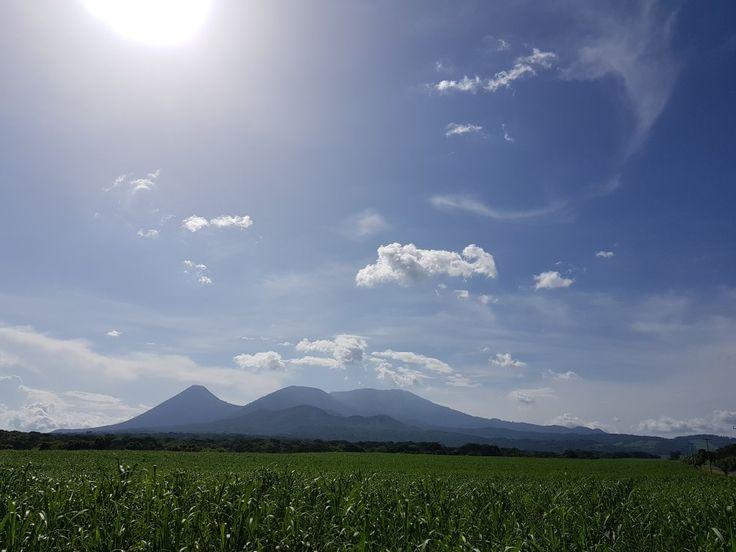 Volcanes Izalco, Cerro Verde y Santa Ana. El Principito