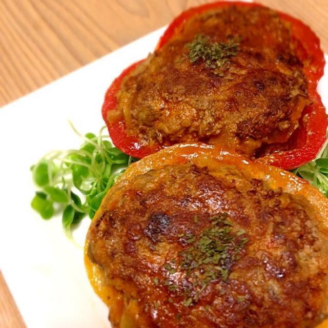 レバー入りだから、栄養たっぷり♡ パプリカのビタミンCで、鉄分の吸収率アップ - 5件のもぐもぐ - パプリカの肉詰め by ramutomato