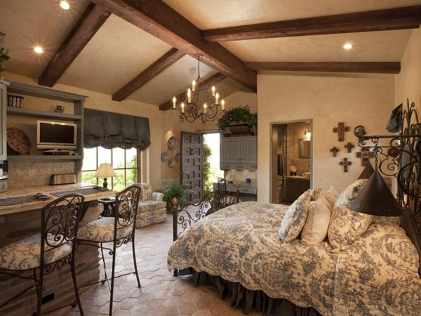 ~Spanish Design, Guest Room, Cottages Bedrooms, Old World Style, Guest House, Master Bedrooms, Wrought Iron, Dreamy Bedrooms, Mediterranean Bedrooms