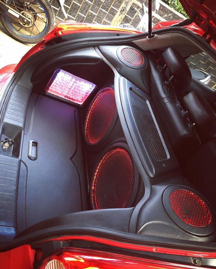 Done ...Nissan Juke with Rockford Fosgate Subwoofer #flux #amplifiers #pioneer #caraudio #audiomobiljakartabarat #megaaudio