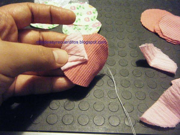 Flores de tela: Rosas | Aprender manualidades es facilisimo.com