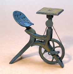Antique Miniature Bicycle Router - Miniature Antique Pedal Tools (try to make one for myself)