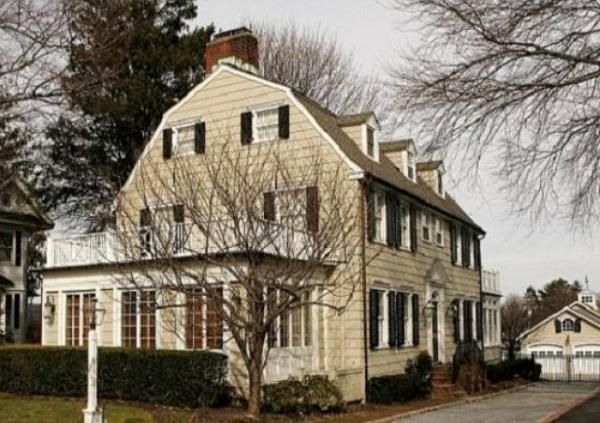 Rumah Berhantu Amityville Dijual, Anda Berminat?