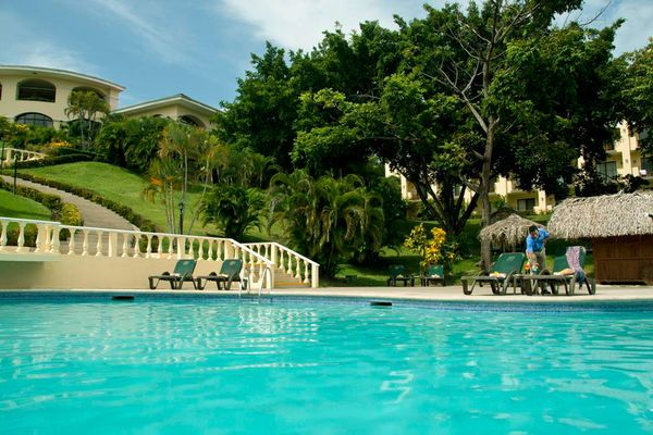 All Inclusive Cheap Honeymoon Deals and Packages: Occidental Grand Papagayo