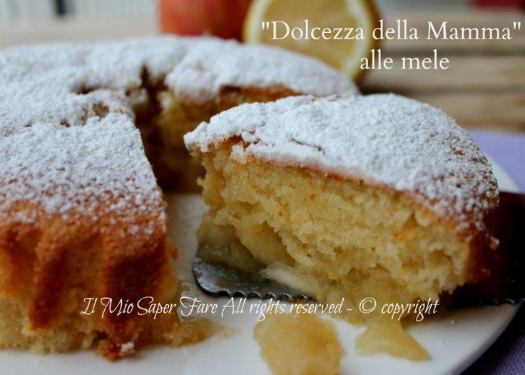 """Torta con mele """"Dolcezza della mamma alla mela""""ricetta di Barzetti realizzata alla Prova del Cuoco.Le mele cotte vengono aggiunte tra due strati di composto"""