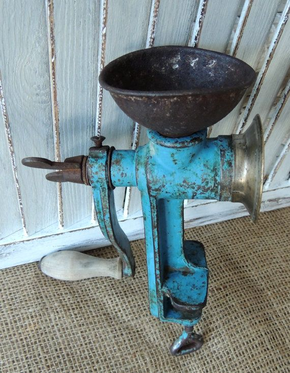 Vintage Poppy Seed Blue Grinder Rekord Rustic Vintage Home