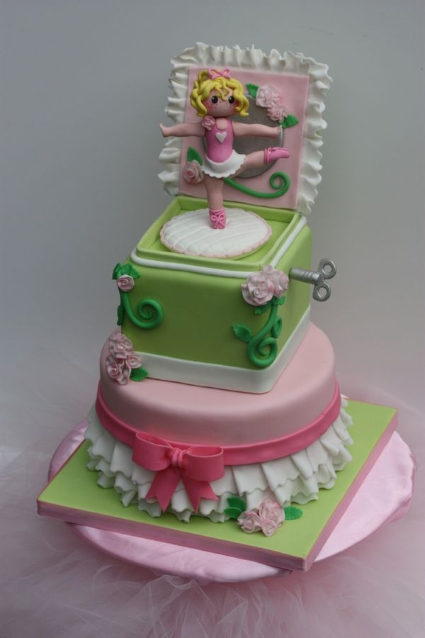 Washington's Evergreen State Fair cake competition. The ballerina, flowers, key, and other decorations are hand molded gumpaste.