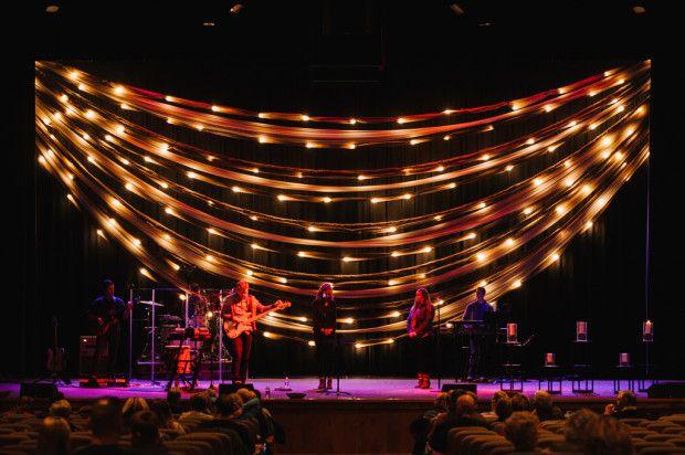 11276857265_136e21316a_b swag of lights churchstagedesignideas.com