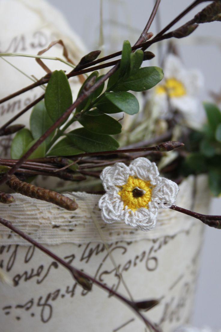 Fijn gehaakte bloemetjes - voorjaar creaties