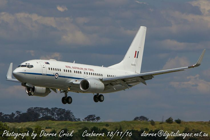 An #RAAF 34 Sqn 737BBJ lands at #Canberra 18/11/16. #avgeek #aviation #photography #canon #Spotter #YourADF RAAF - Aus_AirForce Canon Australia