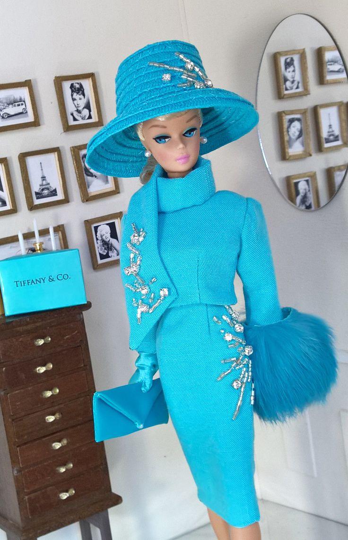 https://www.ebay.com/itm/OOAK-Fashions-for-Silkstone-12-034-Fashion-Royalty-Vintage-barbie-With-Zipper-/262919797998?hash=item3d373dbcee&nma=true&si=d0EcxNwzKl0CEcHvi5H0Pw50nME%253D&orig_cvip=true&rt=nc&_trksid=p2047675.l2557