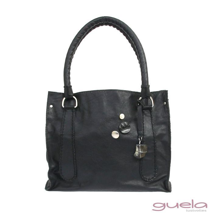 TURMA überzeugt mit geradlinigen Design aus schwarzem Leder sowie charakteristischen Elementen und besticht durch das auffällige textile Innenfutter.  Ein Lieblingsteil!