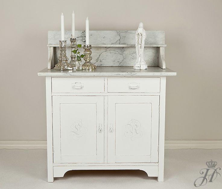 Home No,1 Design Handpainted washstand