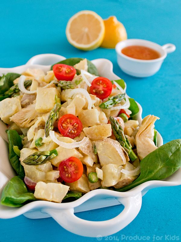 Healthy Potato Salad with Greek Yogurt from @COOKtheSTORY perfect Saturday lunch
