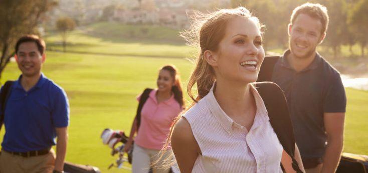 GOLFCLUB SZENE zeigt dir Inspiration und Tipps für den Golfplatz. Outfits für Herren und Golfoutfits für Damen. Jetzt ansehen!