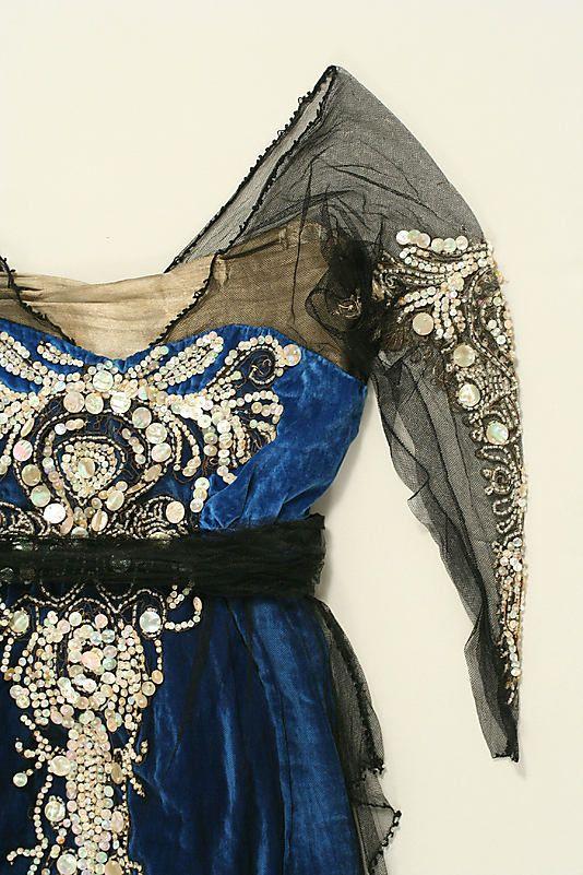 Evening dress, circa 1914.: