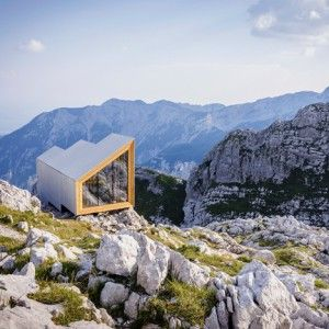 Movie: Alpine Shelter by OFIS and Harvard students airlifted onto Slovenia's Skuta Mountain