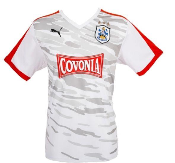 Huddersfield Town 2015/16 Puma Third Kit