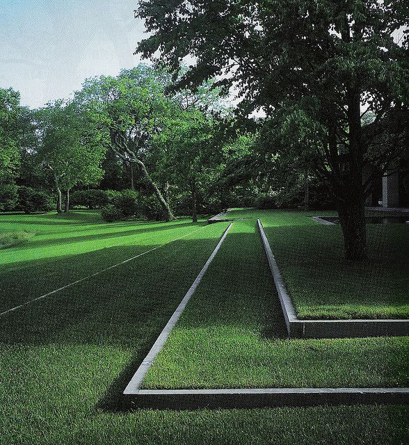 New spin on turf--love geometry of this terraced lawn! #landscaping #lawns #gardening
