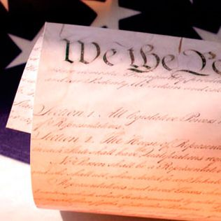 "The Annenberg Guide to the United States Constitution: ""What It Says, What It Means,"" The Preamble, Articles, and Amendments."