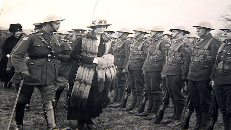 Hamilton Gault and Princess Patricia inspect the newly-formed regiment in Ottawa, prior to the PPCLI's voyage to Europe to fight in the First World War (PPCLI Archive and Museum).