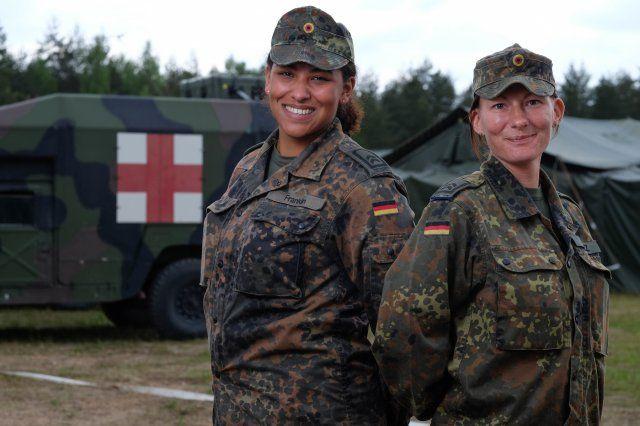 German Nurses German Army Nurses Kim Valez Right And
